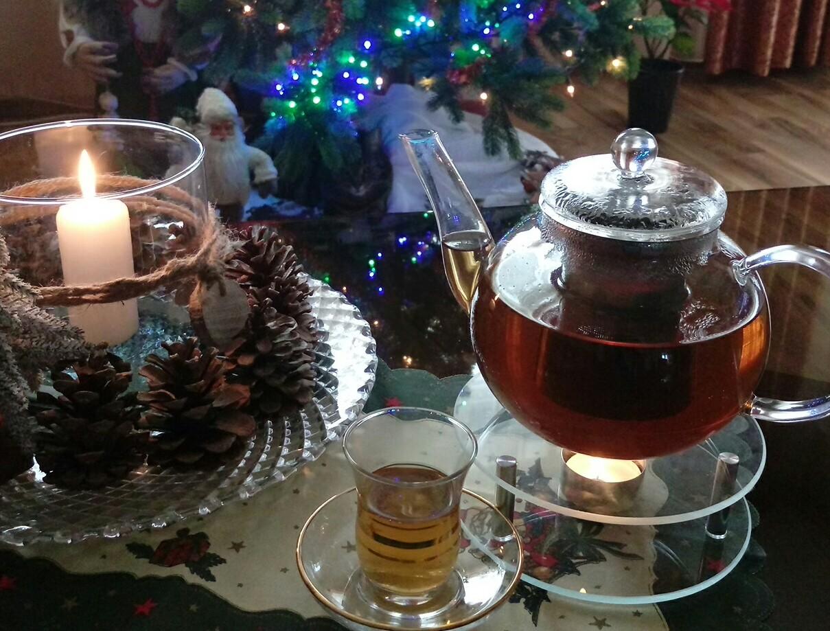 Detox Tee-entgiftet den Körper und bringt neue Energie
